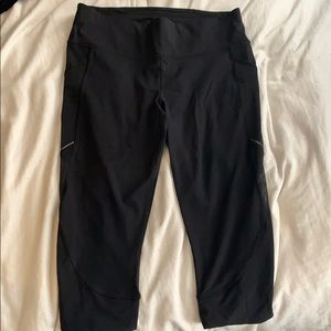 lululemon athletica Pants - Black cropped lululemon leggings